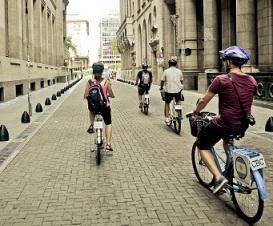 bersepeda di kota