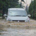 Perlukah Asuransi Mobil untuk Banjir?