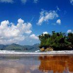 Cantiknya Pantai Pelang Trenggalek di Jawa Timur