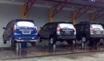 bisnis cuci mobil