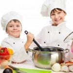 Mengajarkan Anak Memasak untuk Raih Cita-cita Menjadi Koki