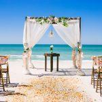 Acara Pernikahan di Pantai? Pertimbangkan Hal-hal Ini!