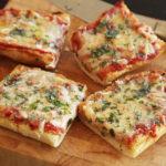 Bikin Sendiri Pizza Olahan Roti Tawar di Rumah, Yuk!