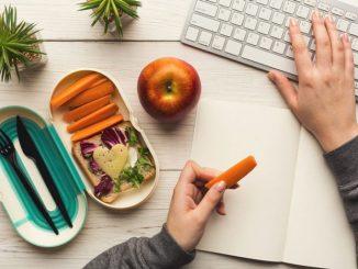 Makan Sehat saat Kerja